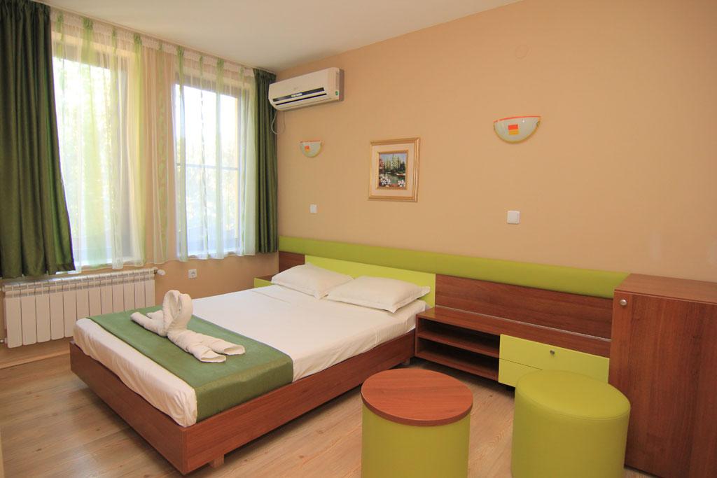 Стая 4 hotelrusenskilom.com